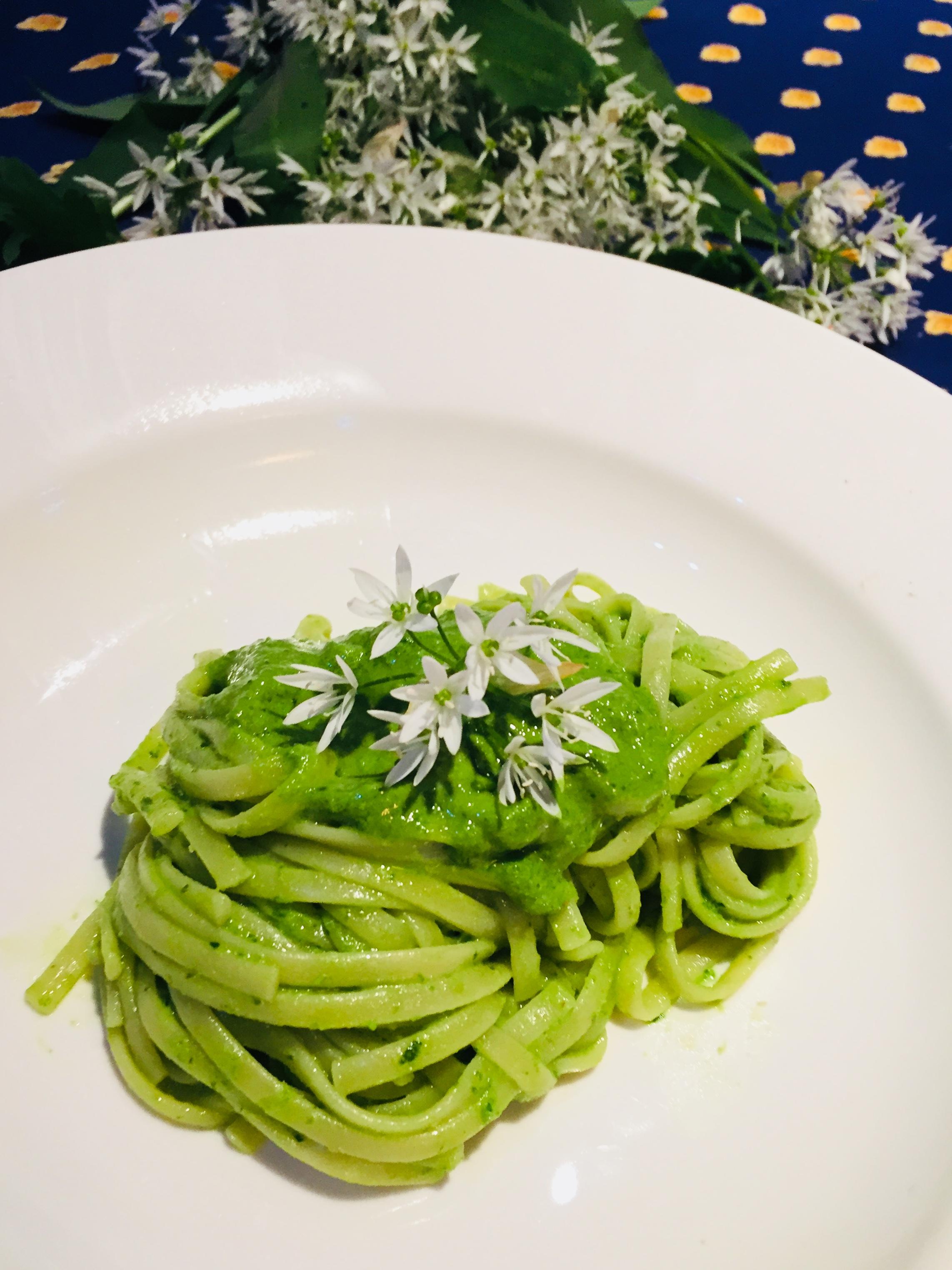 Trenette al pesto di aglio orsino – Ricette veloci dopo lavoro After work  quick recipes