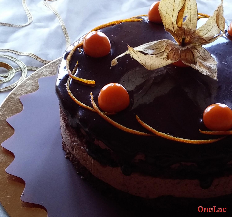 Torta cremosa cioccolato e arancia