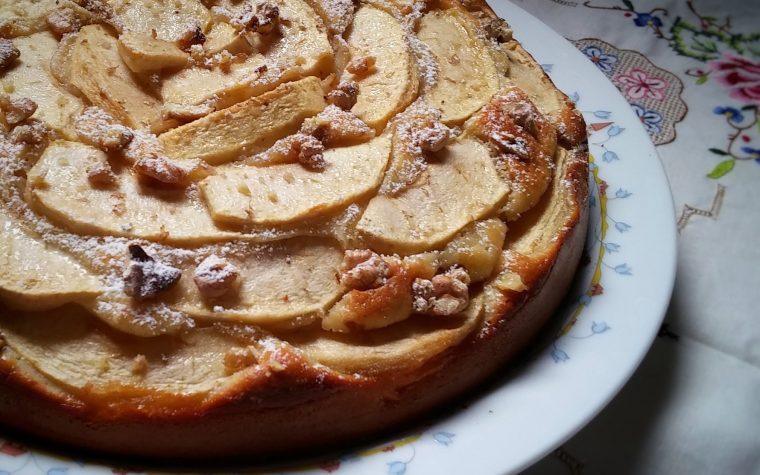 Torta di yogurt con mele e noci del Maestro Rinaldini