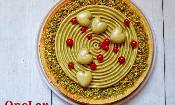 Torta con crema frangipane al pistacchio e frolla fine di Montersino