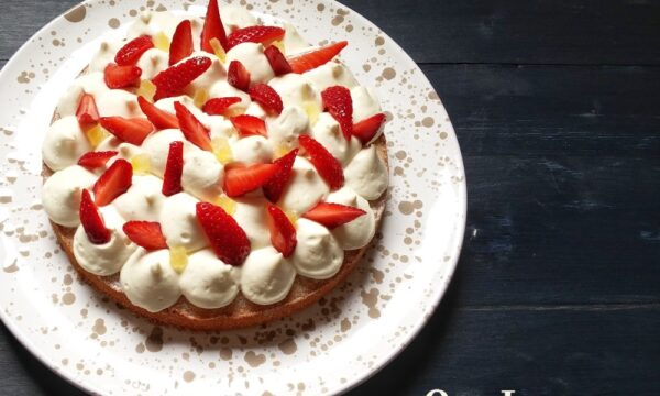 Torta morbida limone e fragole simil fantastik