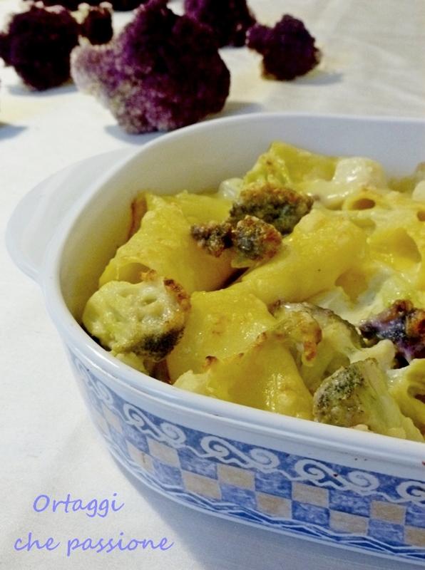 Per i paccheri al forno con cavolfiore violetto ho preso spunto dal blog Le Delizie della Mia Cucina. Sono squisiti anche con un altro tipo di cavolfiore Ortaggi che passione by Sara