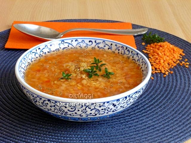 Zuppa di lenticchie minestra di lenticchie rosse ricetta for Lenticchie d acqua