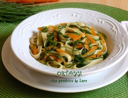 Tagliatelle con agretti e carote