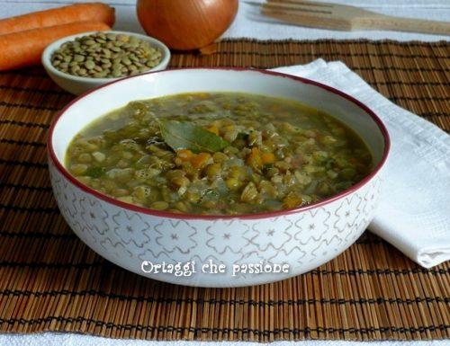 Zuppa saporita di lenticchie