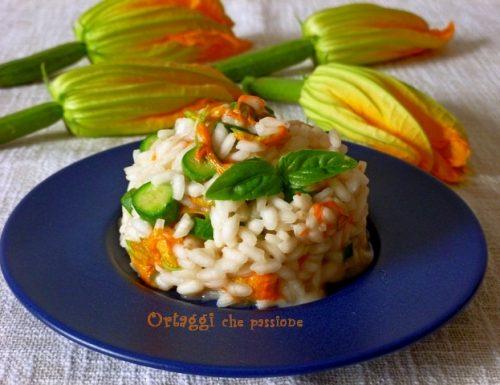Risotto con fiori di zucca, ricetta vegan e vegetariana