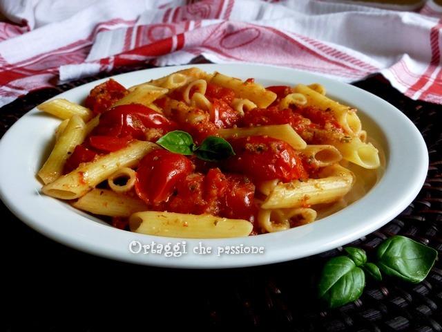 Pasta al pomodoro scoppiettante, ricetta senza glutine con pomodori schioppetanti Ortaggi che passione by Sara