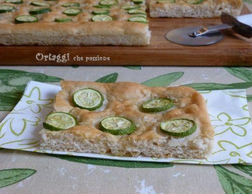 Focaccia con zucchine