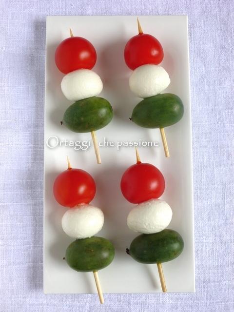 Spiedini tricolore - Nergi mini baby kiwi - Ortaggi che passione by Sara