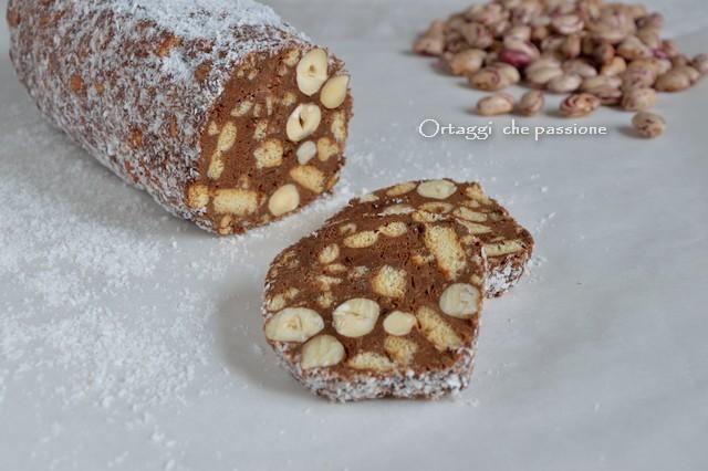 Salame al cioccolato con fagioli, orizzontale