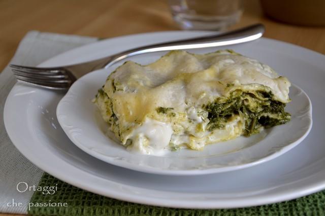 Lasagne con erbe di campo e mozzarella