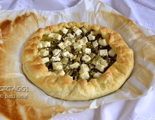 Torta salata con puntarelle e formaggio, ricetta facile e veloce