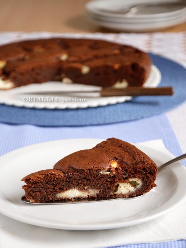 Torta al cioccolato morbida, umida ORTAGGI © passione