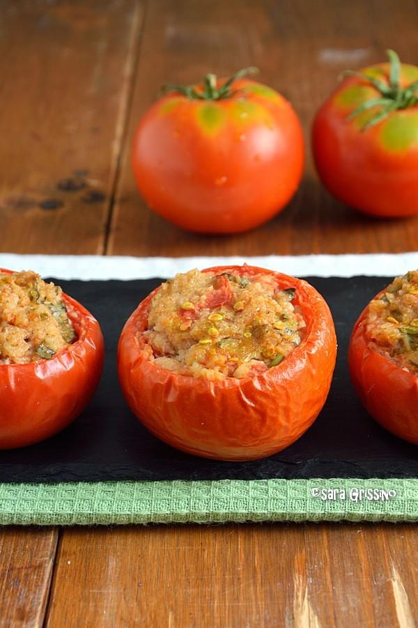 pomodori ripieni con pangrattato al forno vegani ORTAGGI CHE PASSIONE by Sara Grissino