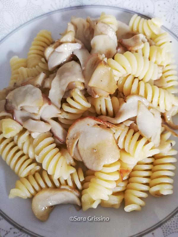 Pasta con funghi porcini ORTAGGI CHE PASSIONE by Sara Grissino