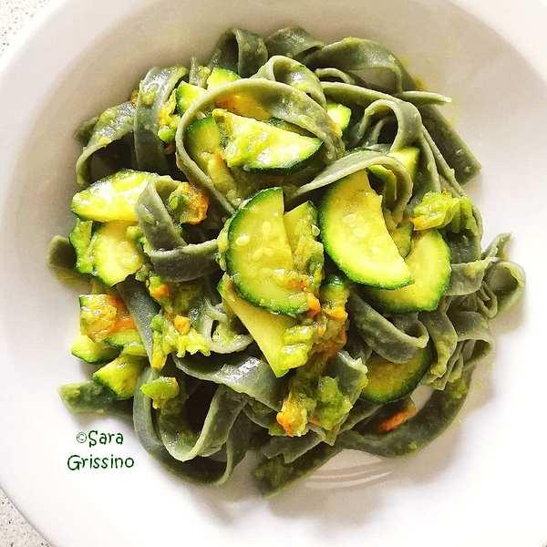 Pasta zucchine e fiori di zucca ORTAGGI che passione by Sara Grissino