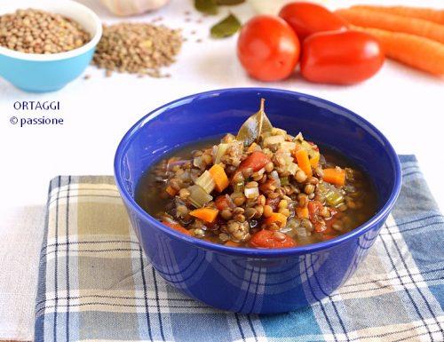 Minestra di lenticchie e pomodoro