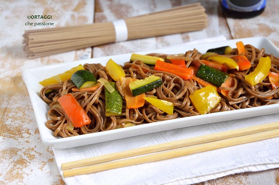 soba noodles alle verdure - ricette facili giapponesi ORTAGGI che passione by Sara Grissino