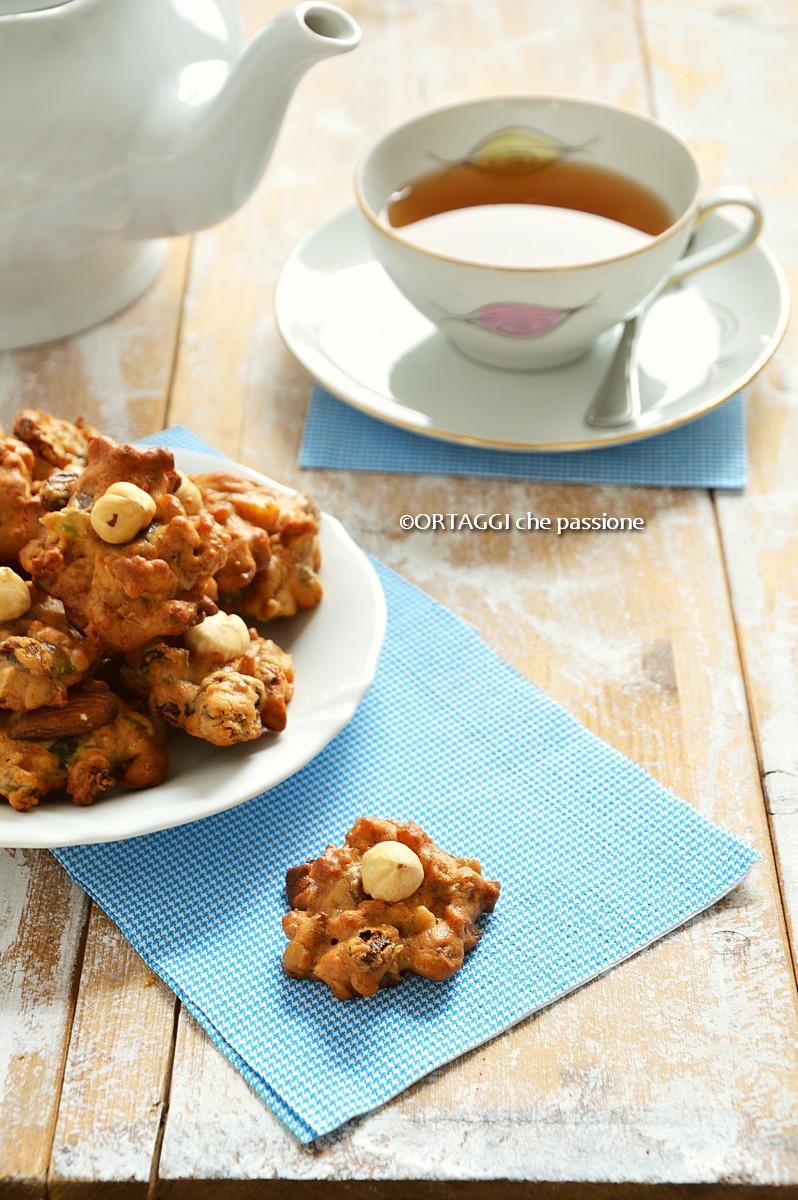 Biscotti con frutta secca per Natale - zeltenini ORTAGGI che passione