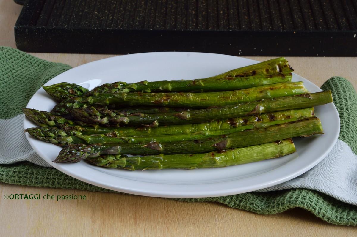 asparagi grigliati in padella ORTAGGI che passione by Sara Grissino
