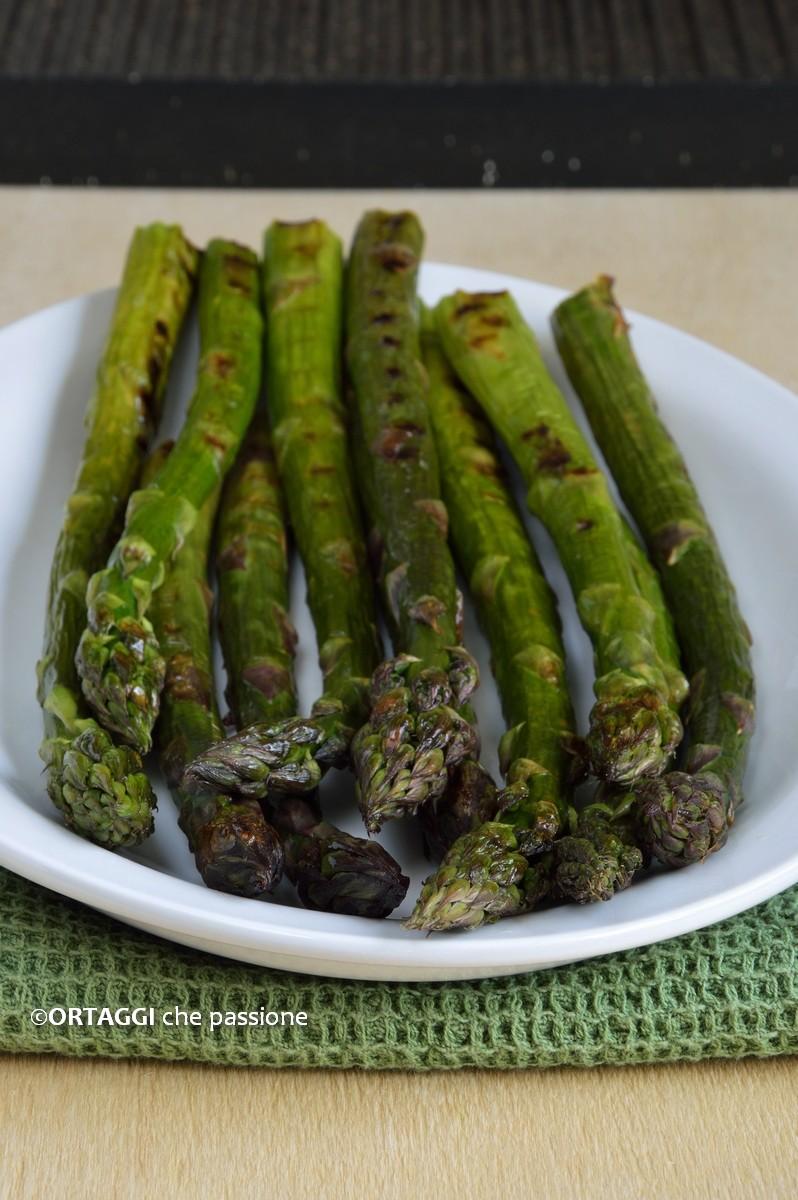 asparagi grigliati padella