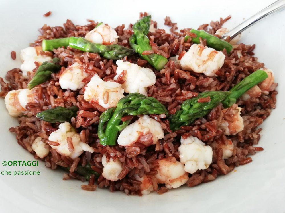 riso rosso con pesce - gamberetti e zucchine