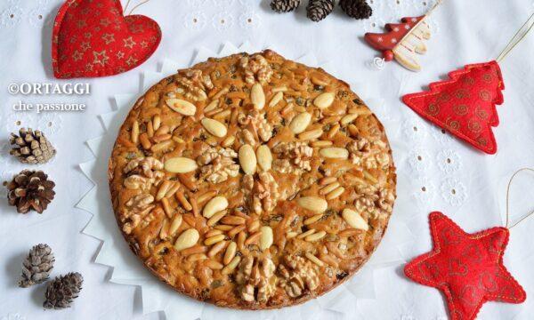 Zelten trentino – dolce con frutta secca