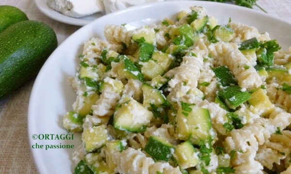 Pasta ricotta e zucchine – VELOCE e light