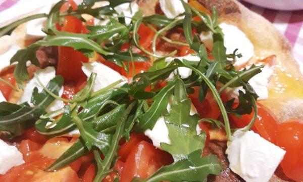 Pizza bianca condita