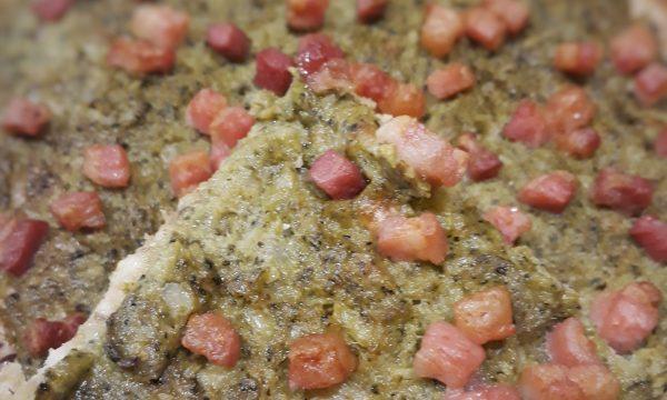 Torta di pane ai broccoletti e pancetta