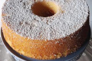 Fluffosa al Limone (Chiffon Cake)