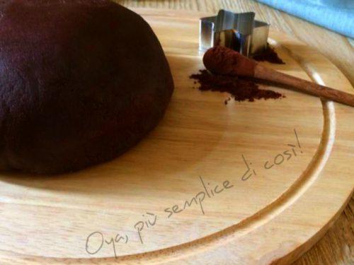 Pasta frolla al cacao, ricetta base semplice e golosa