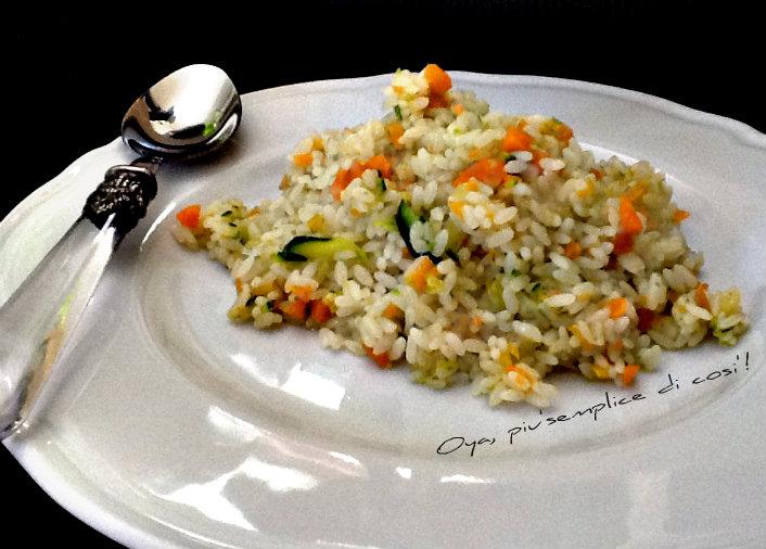 Risotto zucchine e carote, ricetta semplice e saporita | Oya