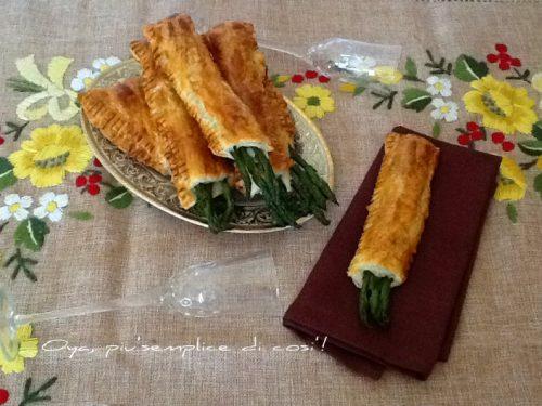 Asparagi in crosta con salmone, ricetta raffinata