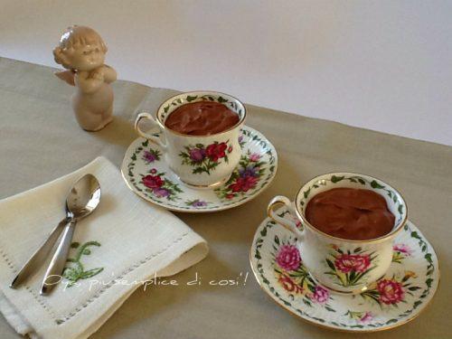 Mousse al cioccolato semplice e veloce, ricetta senza uova