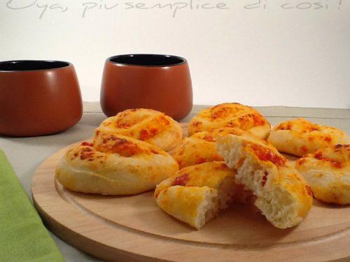 Girelle di pizza con pomodoro, ricetta