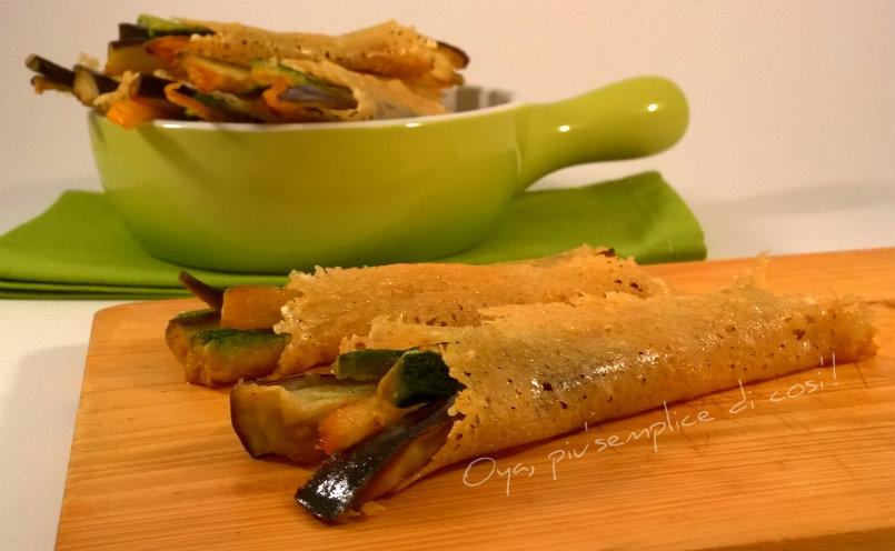 Cialdine di parmigiano con verdure, ricetta | Oya