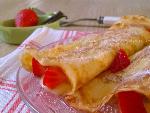 Crepes dolci con crema pasticcera e fragole, ricetta