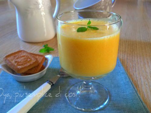 Frullato frutta e yogurt, ricetta semplice