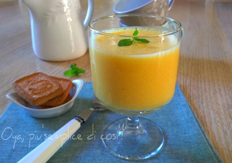 Frullato frutta e yogurt, ricetta semplice | Oya