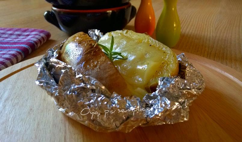 Patate al cartoccio con formaggio, ricetta | Oya