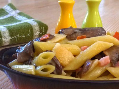 Pasta funghi e prosciutto, ricetta saporita