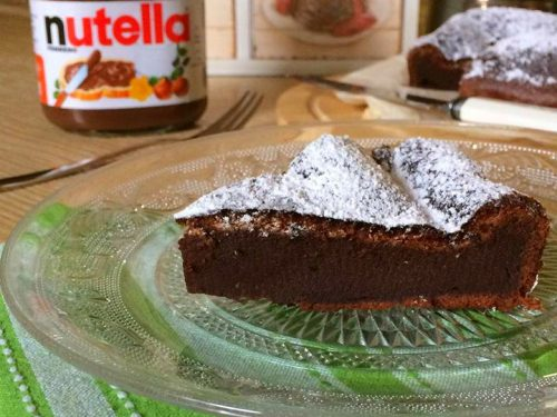 Torta alla Nutella con due ingredienti, ricetta golosa