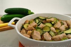 Pollo e zucchine al forno, ricetta delicata e saporita