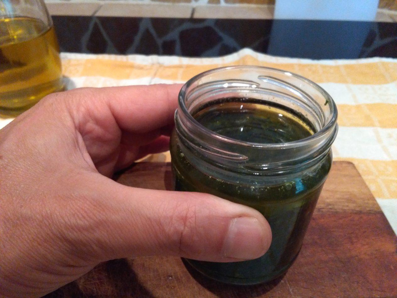 crema di Basilico sott'olio
