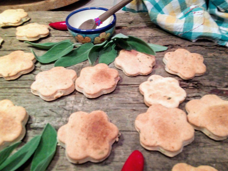 Biscottini croccanti alla Salvia