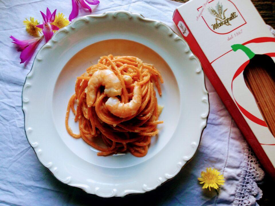 Spaghetti al Peperone dolce d'Abruzzo con Gamberi e Porro