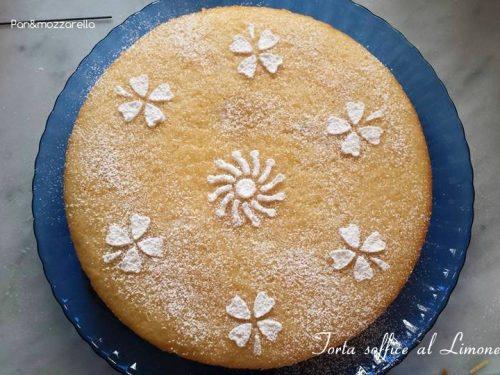 Torta soffice al limone-ricetta senza burro