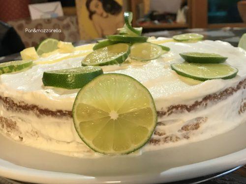 Torta al limone con crema pasticcera aromatizzata al lime e crema chantilly