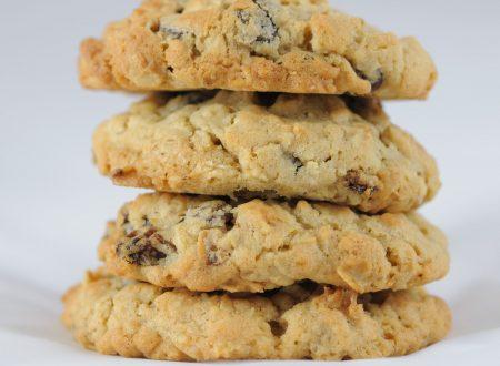 Biscotti al cioccolato e uvetta – ricetta cookies